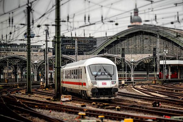 graisse-ferroviaire-locomotiv-train